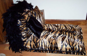Tiger Stripe Pet Lounger