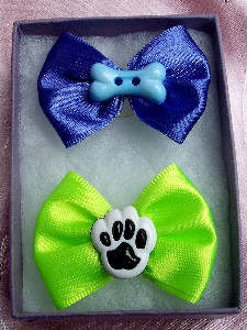 Fancy satiny novelty dog bows