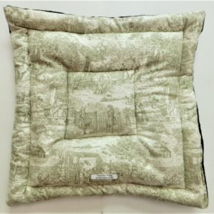 Upscale French Toile Design Pet Bed